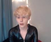 CaseyCarson's male webcam room