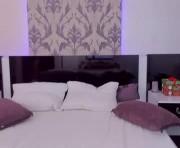 chloe's female webcam room