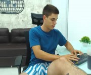 jackob_j's male webcam room