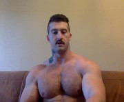 panda_muscle's male webcam room