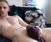 Chris Wild's male webcam room